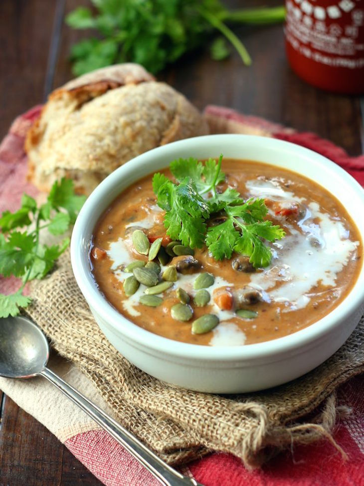 topchipotle-black-bean-pumpkin-soup-featured