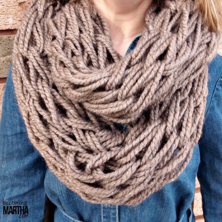 topchunky-arm-knit-infinity-scarf-7