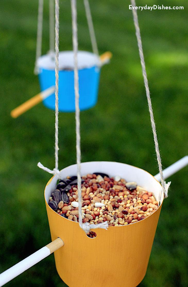 Make bird food for How to make a cool bird feeder