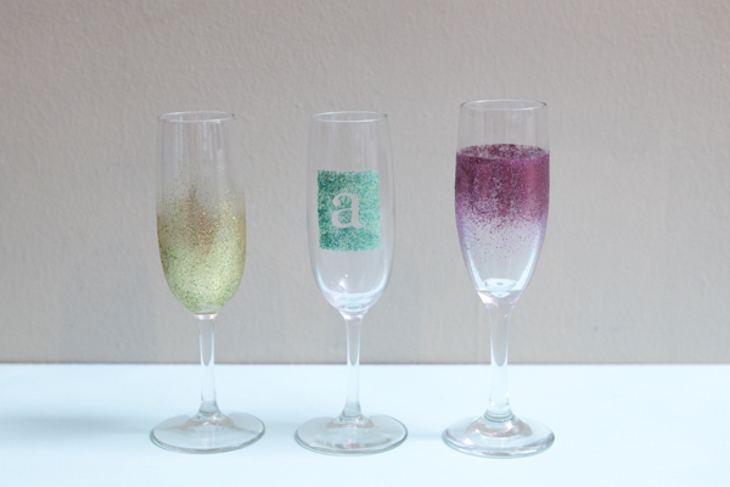topst-diy_personalized_champagne_glasses17