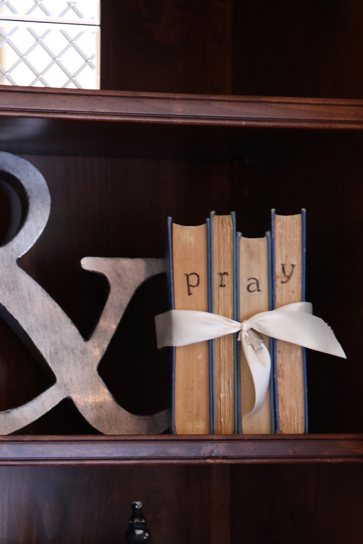 Books-and-Bows