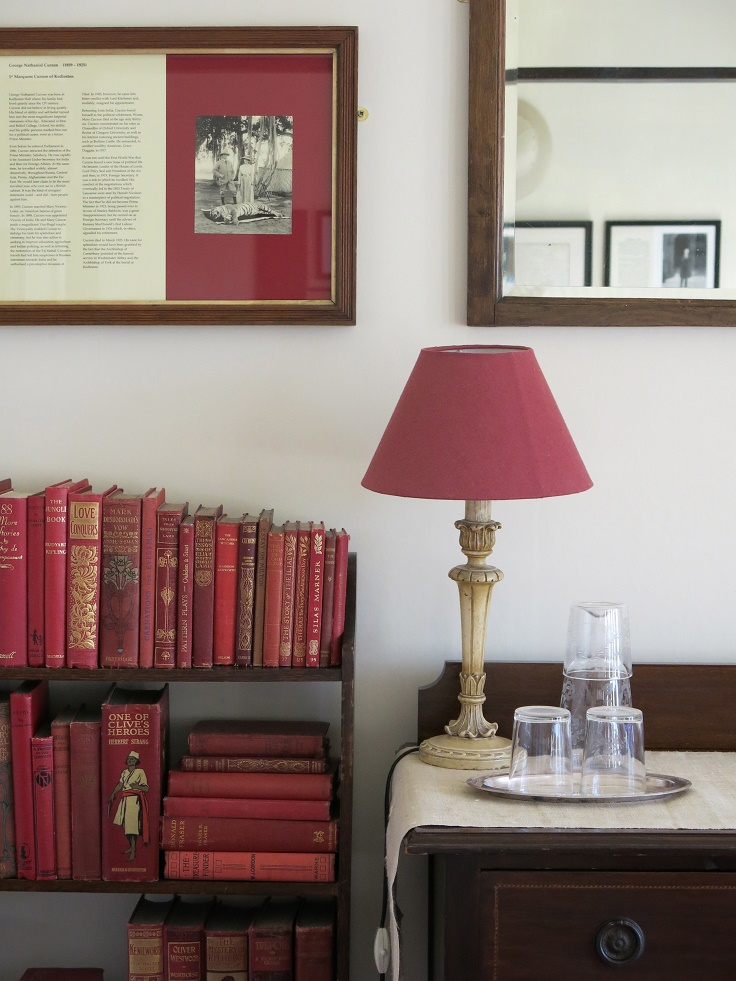 Top 10 Stylish Ways to Decorate Your Home with Books
