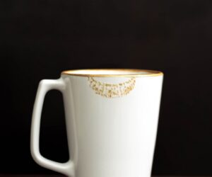 Top 10 DIY Creative and Easy Mug Designs