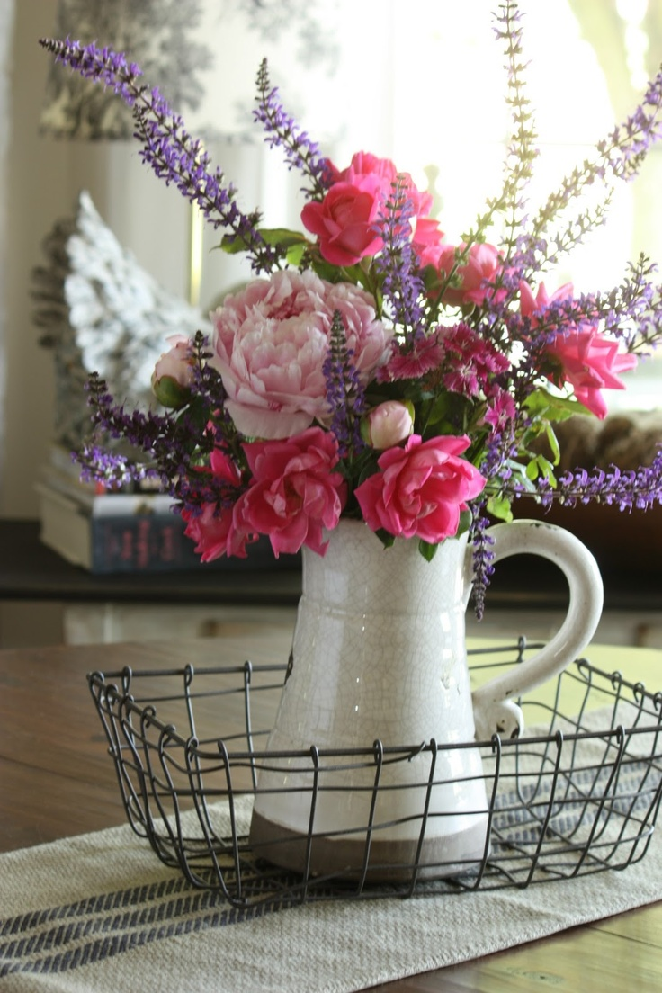 How to decorate home with flowers - Top 10 Simple Ways To Decorate Your Home With Flowers