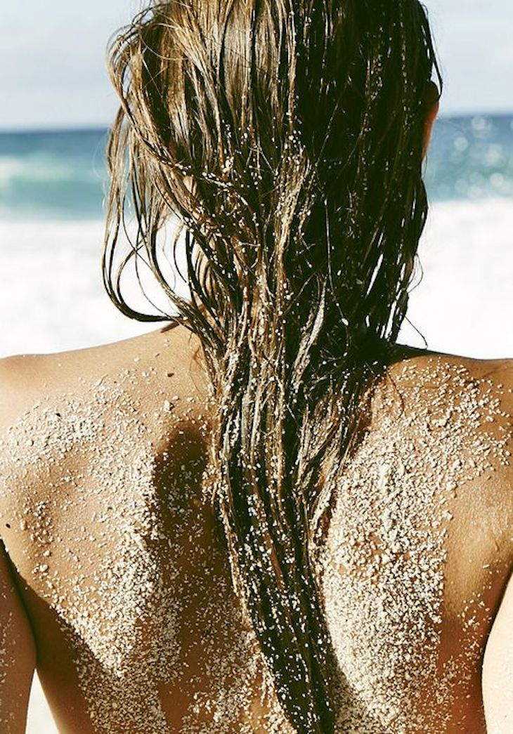 How To Protect Thin Hair From Sun Damage Naturally