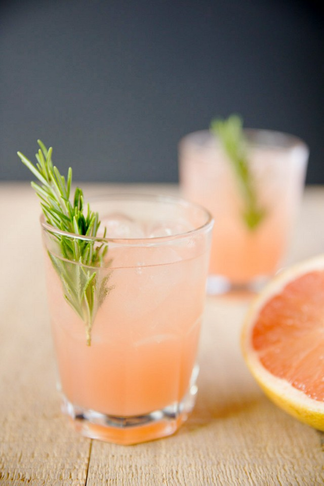 Top 10 Easy to Make Cocktails