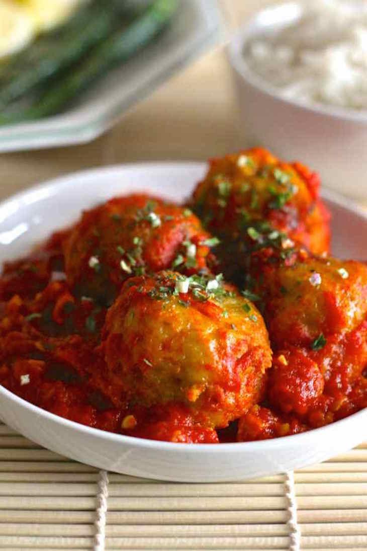 topSenegal-Fried-Fish-Balls-Thiou-boulettes-de-poisson-6