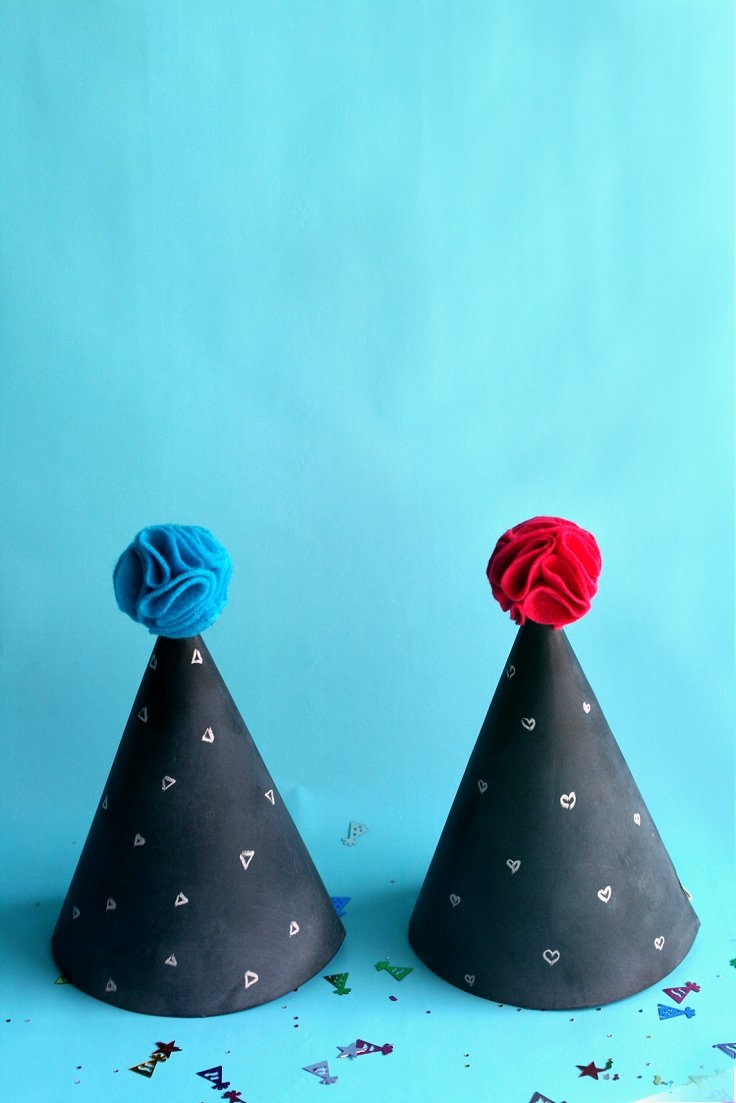 Chalkboard-Party-Hats