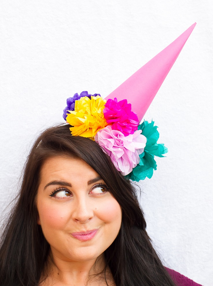 Party-Hat-with-Paper-Flowers