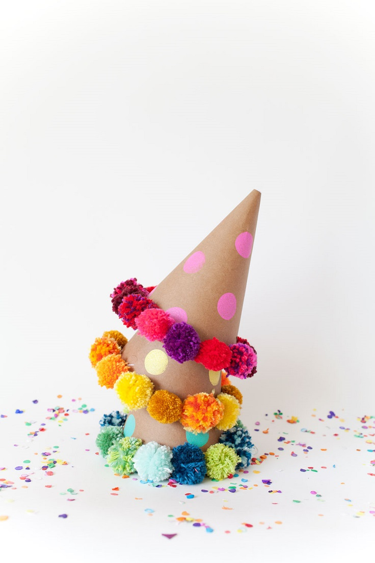 Pom-Pom-Party-Hat