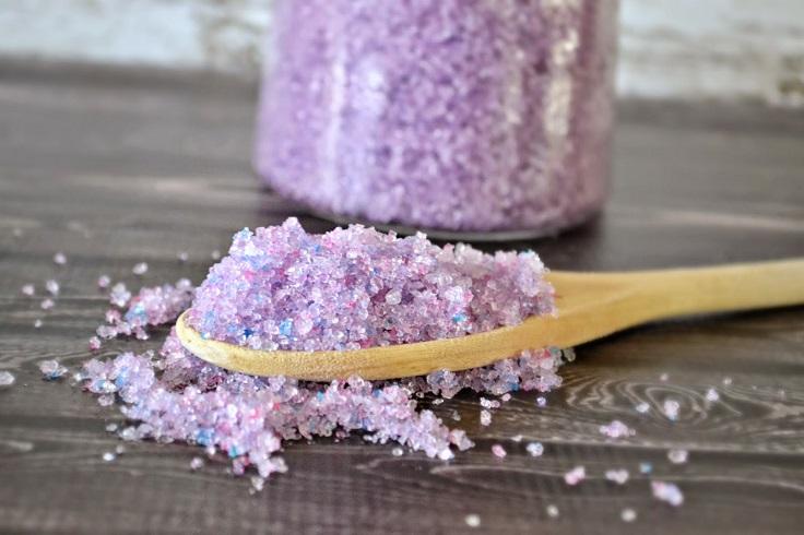 Salt-Scrub-with-Lavender-Oil