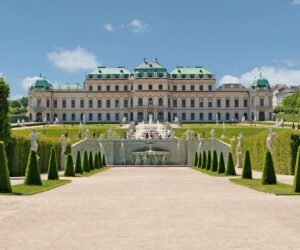 Top 10 Amazing Royal Palaces to See in Europe