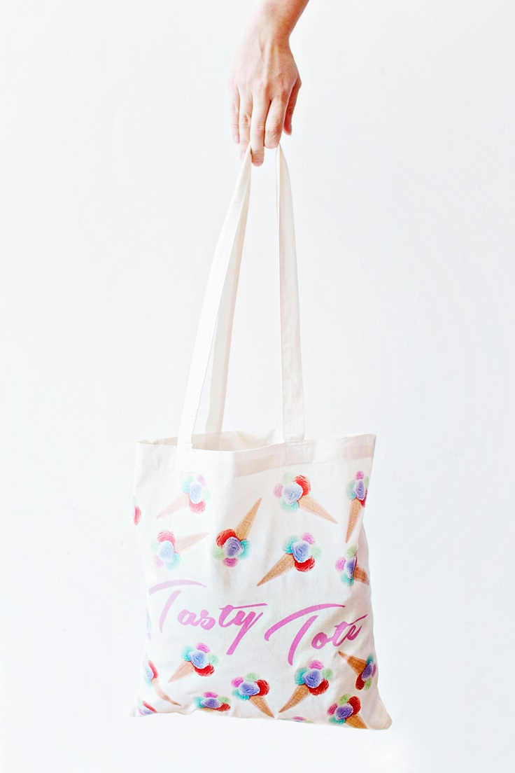 Top 10 Pretty Ideas on How to Decorate a Tote Bag - Top Inspired