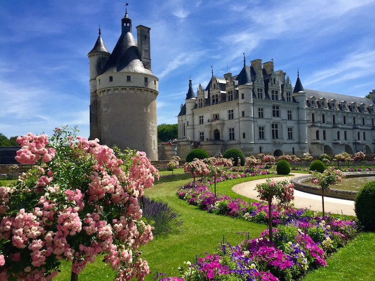Top 10 places to visit this spring top inspired for Chateaux in france to stay