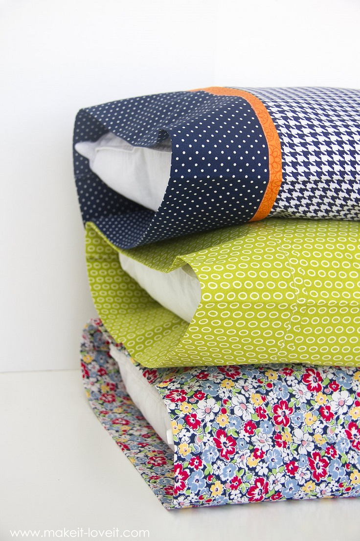 Bed-Pillow-Cases-in-Three-Styles