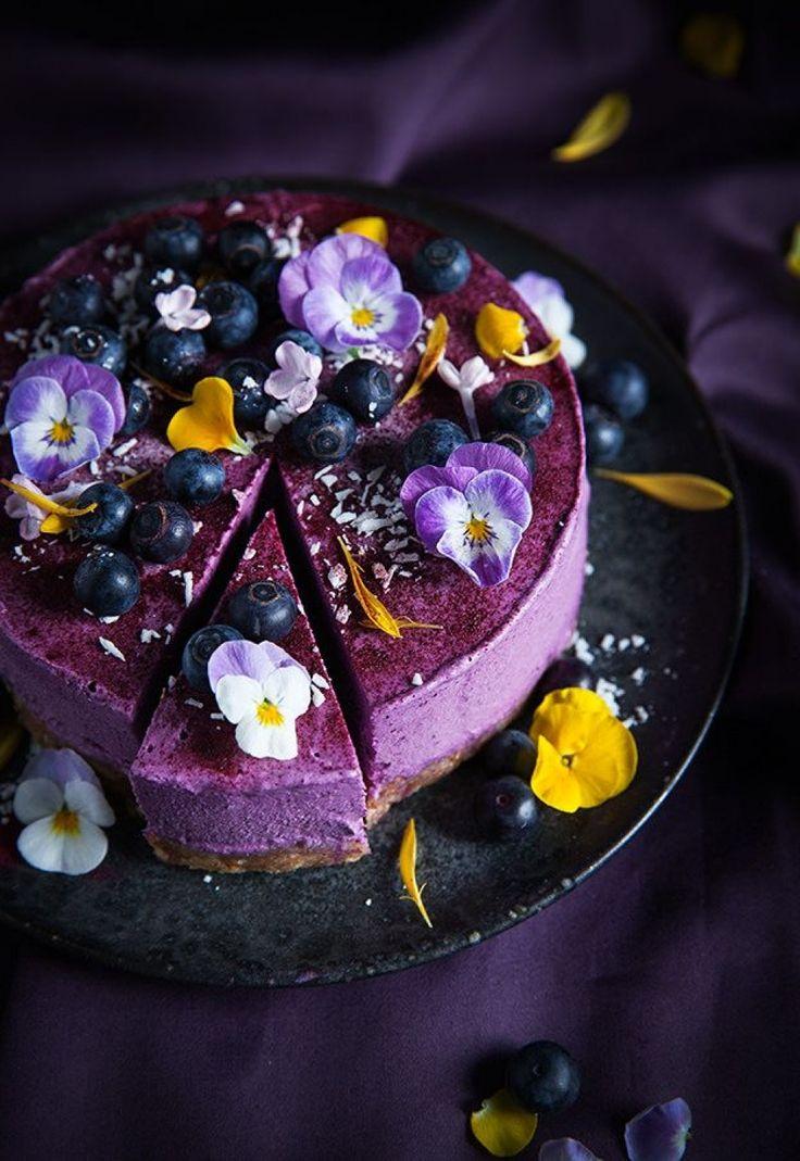 Vegan-No-Bake-Blueberry-Lemon-Cheesecake