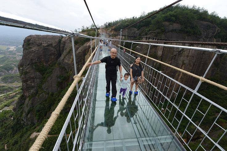china_glass_bridge