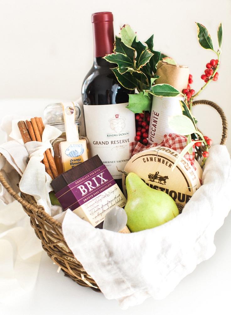 Top 10 DIY Creative and Adorable Gift Basket Ideas