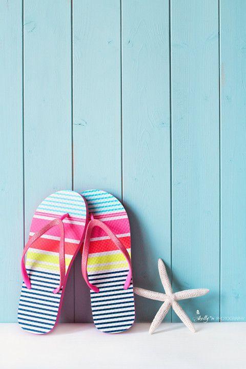 beach-flip-flops-