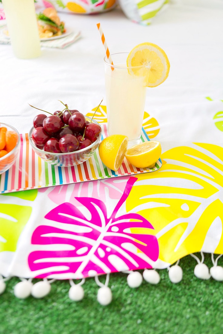 Cricut-Iron-On-Picnic-Blanket