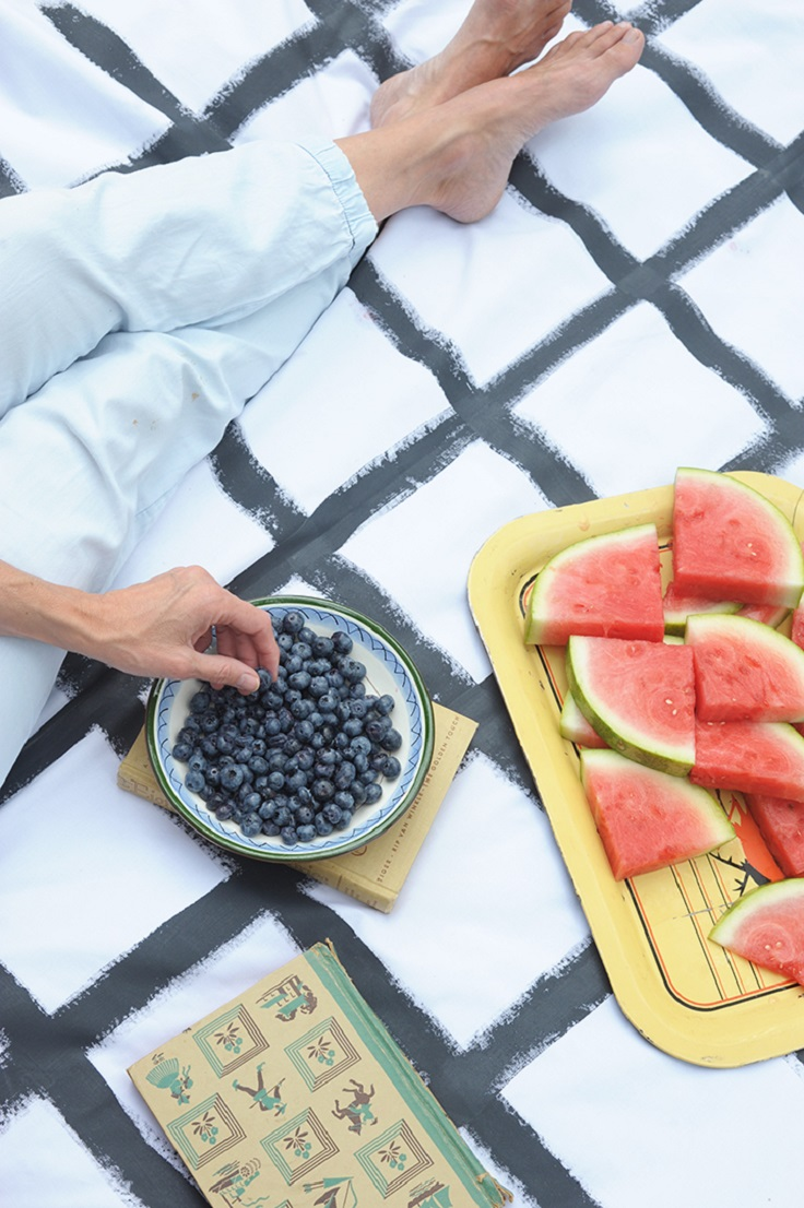 Hand-Painted-Grid-Picnic-Blanket