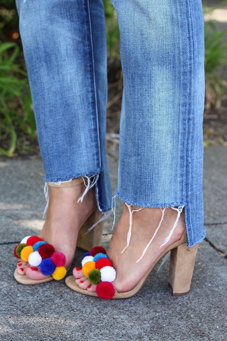 Pom-Pom-Shoes