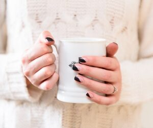 Top 10 Super Easy Minimalist Nail Art Ideas