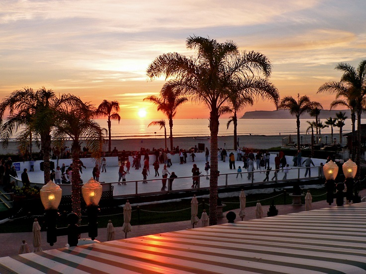 ice-rink-at-sunset-and-beach_McCann