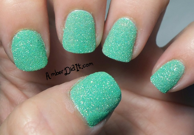 Top 10 super easy glittery nail art ideas top inspired top 10 super easy glittery nail art ideas prinsesfo Gallery