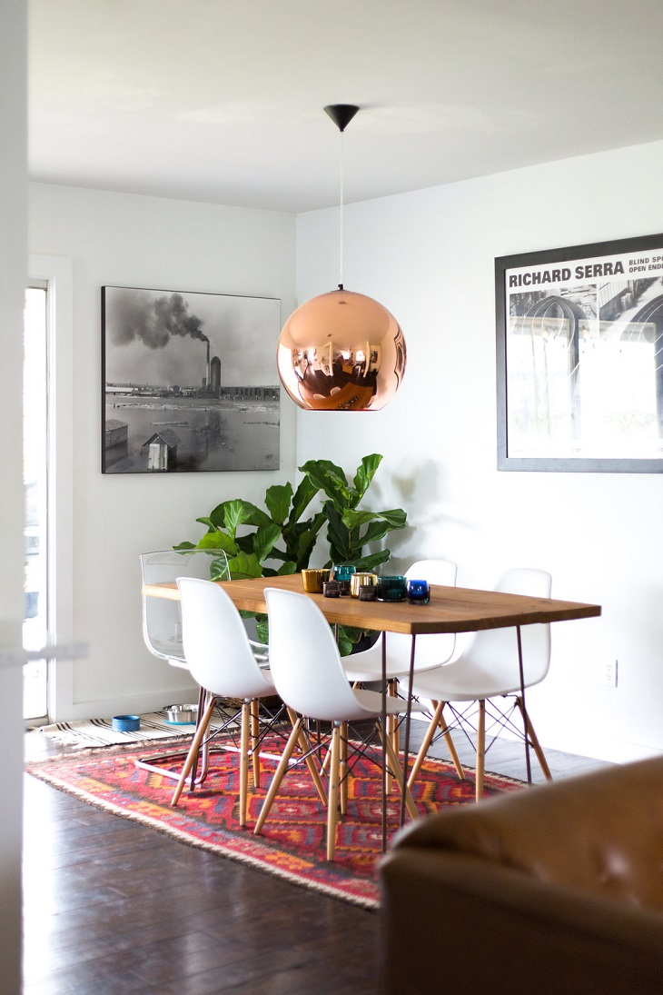 Beautiful-Dining-Wood-Table-With-White-Chair-and-Charming-Lamp