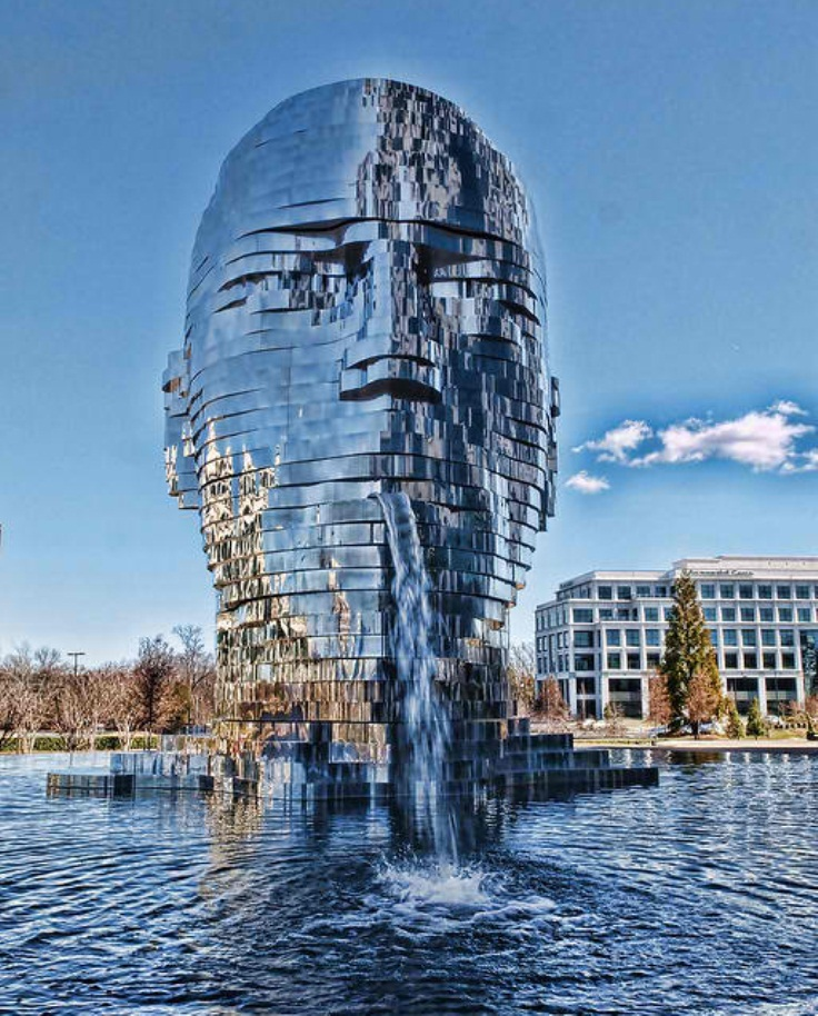 Most Amazing: Top 10 Most Amazing Sculptures From Around The World
