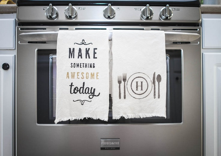 Top 10 Amazing Kitchen Decorations to Make This Month