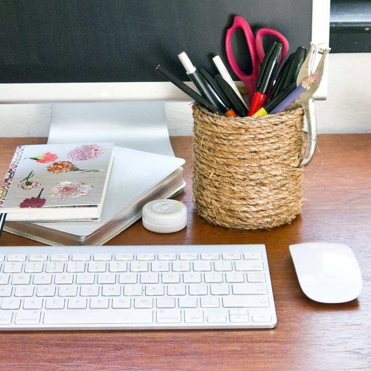 Top 10 diy simple decor that will make your office for Office diy projects