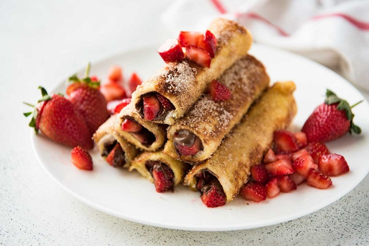 Strawberry-Nutella-French-Toast-Roll-Ups