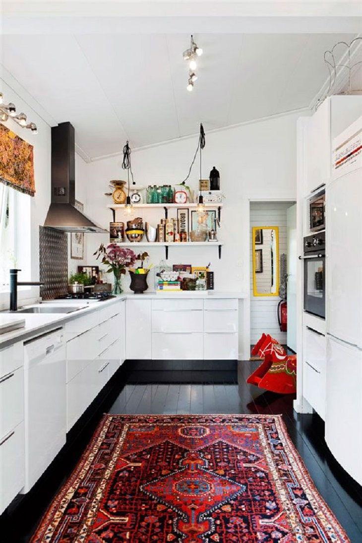 TOP 10 Gorgeous Ways To Decorate With Kilim Rugs