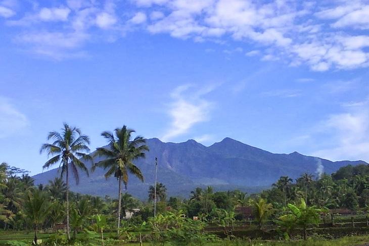 mt.-galunggung-dangerous-destructive_Indonesia-active-top-10-volcanoes