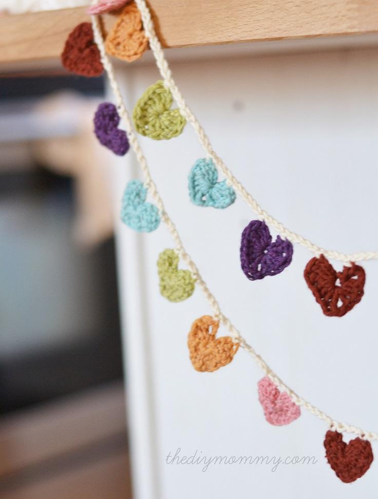 Mini-Hearts-Bunting-Banner