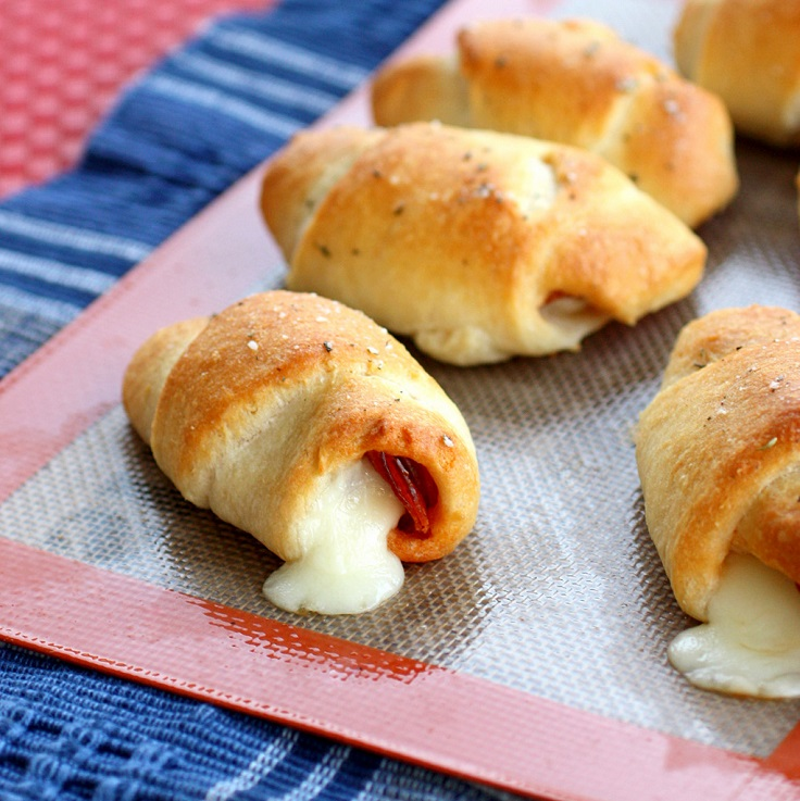 Pepperoni-Cheese-Stick-Rollups