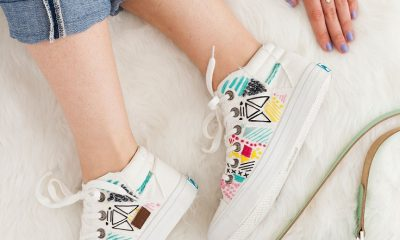 embroider-white-canvas-sneakers