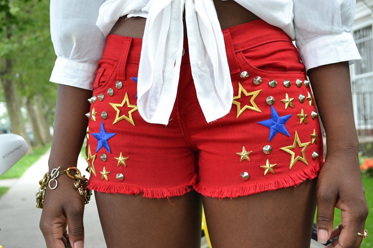 Embroidered-Star-Stud-Shorts