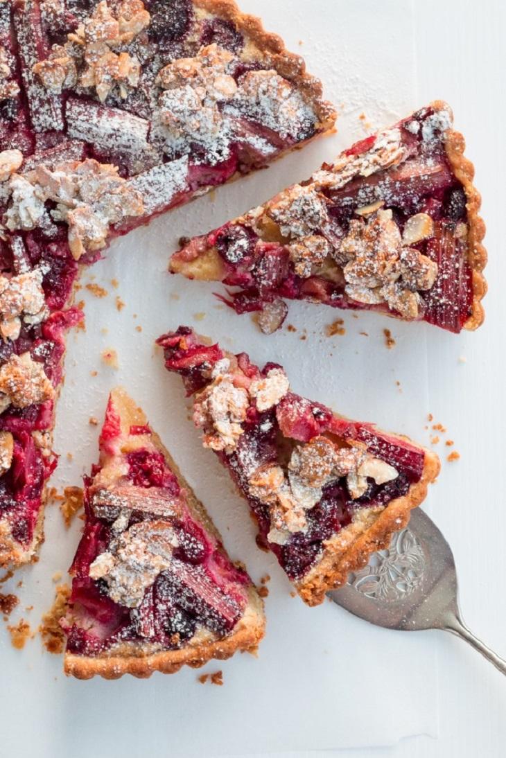 Rhubarb-Raspberry-Tart-with-Almond-Tart-13