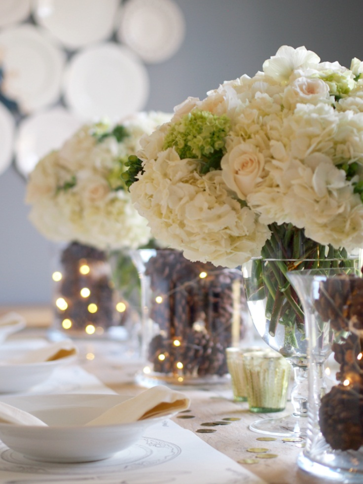 Simple-Pine-Cons-and-Hydrangea-Decor