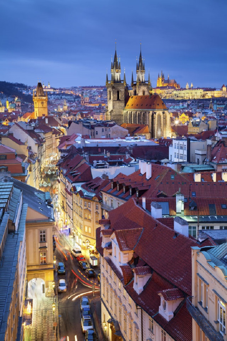 prague-vertical