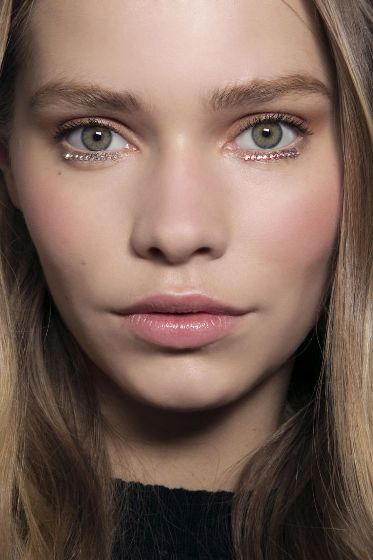 Top 10 Makeup Trends to Try This Year