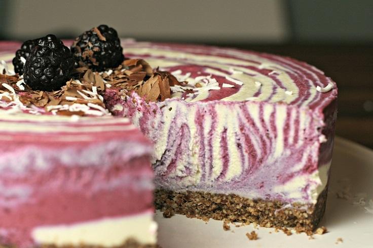 Blackberry-Coconut-Cheesecake