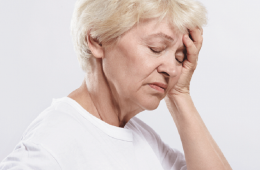 When blood flow gets interrupted to the brain, the brain cells become deprived of oxygen. This is when stroke happens. And stroke is the fifth leading cause of death in the United States with so knowing its warning signs and symptoms is of great importance, especially because the key to surviving it with minimal damage is going to the doctor as soon as possible.