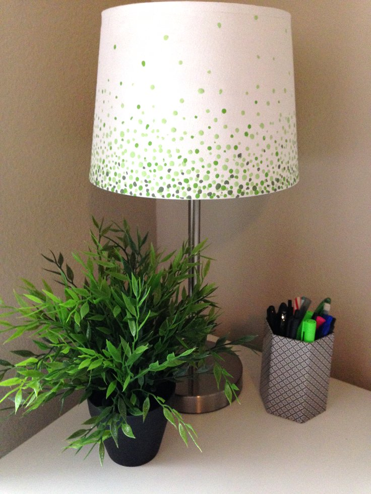 Lamp_with_Ombre_Dots