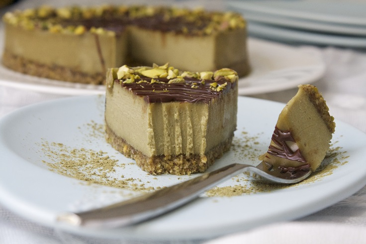 Pistachio-Matcha-Cheesecake