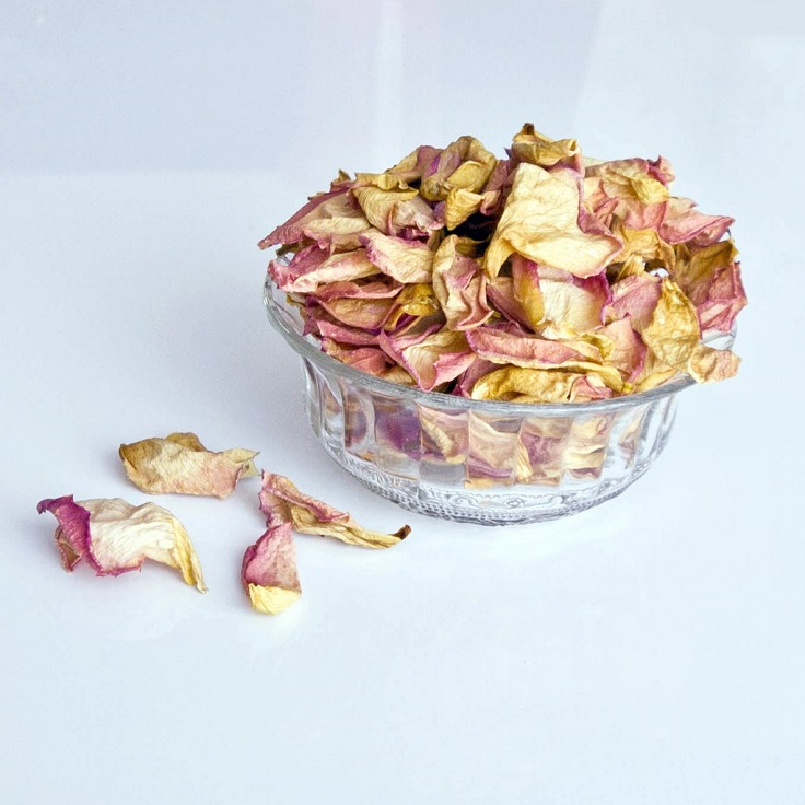Top 10 DIY Potpourri Recipes That Will Give Your Home the Best Scent