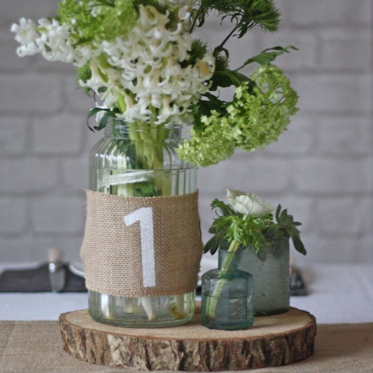 Burlap-Table-Numbers